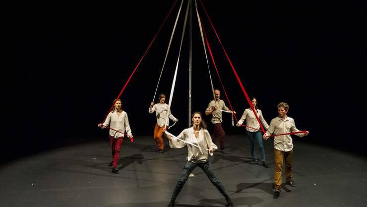 Der Grieche Hadjiioannou möchte in seiner Inszenierung Tradition und Gegenwart zusammenbringen.