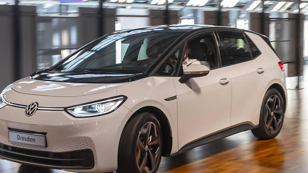 VW will Elektro-Anteil rascher steigern - Verdoppelung bis 2030 (Archiv)