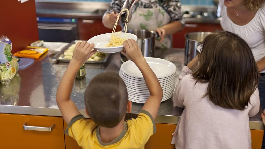 Kita-Essen wird aus Zürich geliefert – lokale Anbieter sind enttäuscht