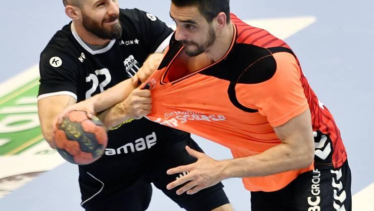 Der Schaffhauser Zarko Sesum (rechts) erzielte fünf Treffer im dritten Champions-League-Gruppenspiel der Kadetten in der laufenden Saison