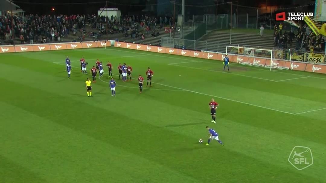 27. Minute: Erneute Chance für den FCS,  der Schuss von Nejc Mevlja wird von FCA-Torhüter Nikolic gehalten.