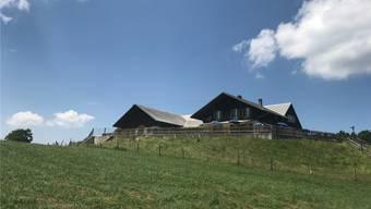 Für Schulkinder ein weiter Weg: Der idyllische, bei Wanderern beliebte Hinterbrandberg auf der zweiten Jurakette ob Welschenrohr/Herbetswil.