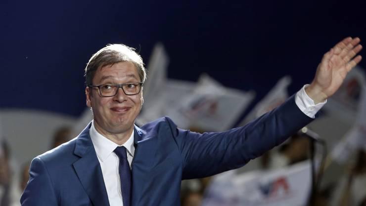 Strahlender Sieger: der nächste Präsident Serbiens, Aleksandar Vucic. (in einer Aufnahme vom 24. März von einer Wahlveranstaltung in Belgrad)