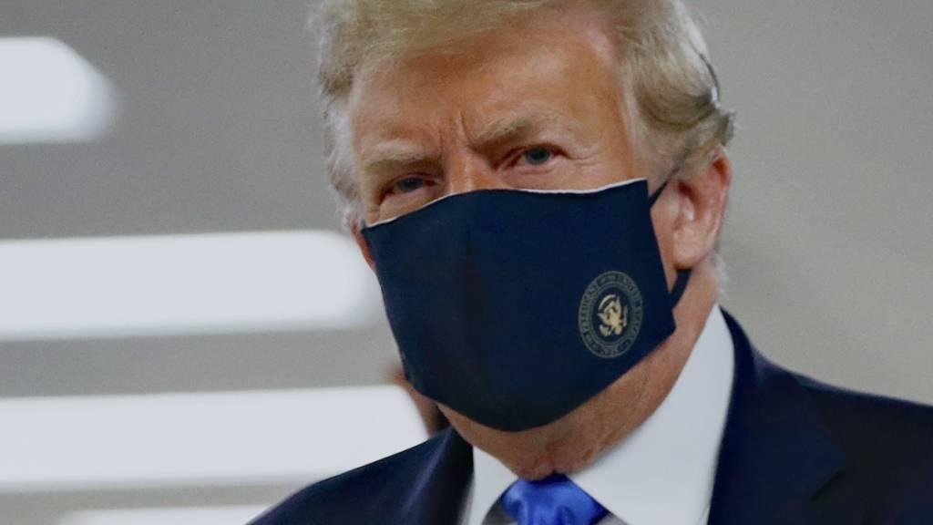 Trump wirbt nach schlechten Umfragewerten für Tragen von Maske