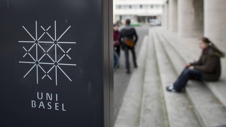 Die Uni Basel ist auf die Drittmittel angewiesen. (Archiv)