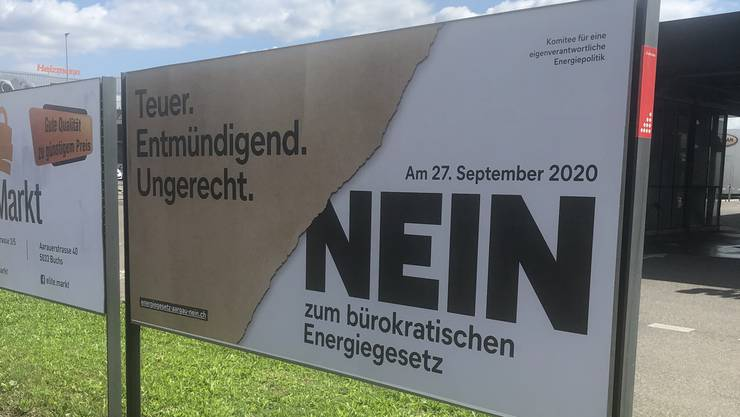 Das Plakat des Hauseigentümerverbandes (HEV) Aargau wirbt für ein Nein.
