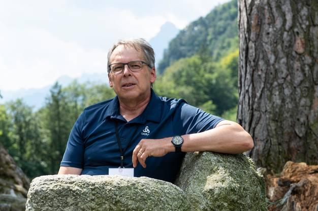 Heilpädagoge Arnold Hurschler wird für seinen Einsatz während des Lockdowns geehrt.