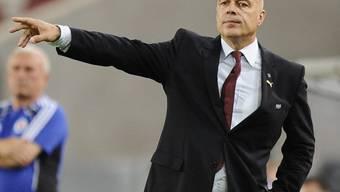 Auch Stuttgart mit Coach Christian Gross schafft Einzug in die Gruppenphase