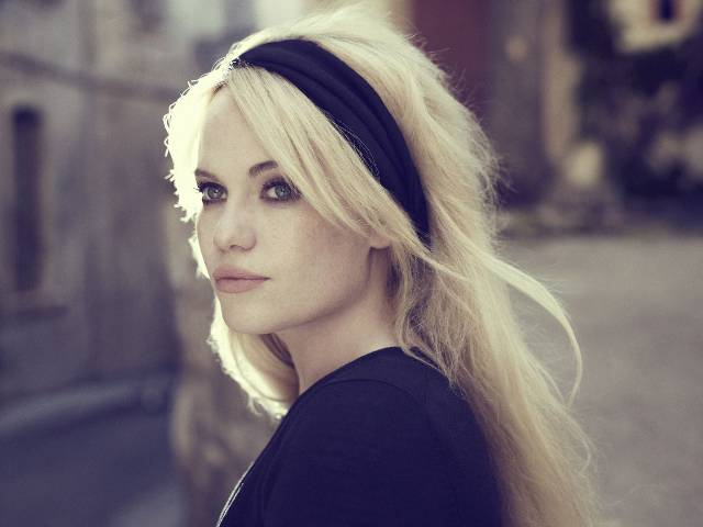 Power-Blondine Duffy singt «well, well, well»