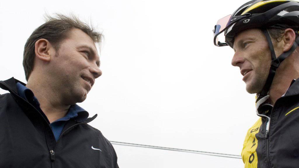Der Belgier Johann Bruyneel (links) im Dezember 2008 im Gespräch mit Lance Armstrong