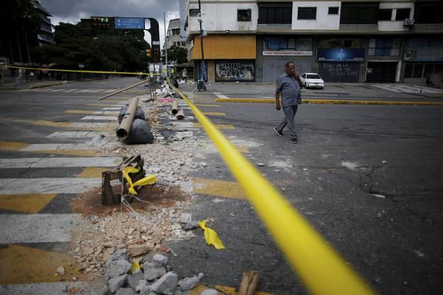 Mindestens zehn Tote hat es bei Strassenschlachten zwischen Demonstranten und Polizisten gegeben.