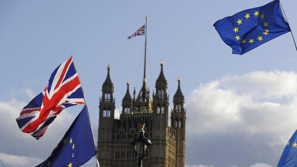 Brexit-Chaos in London - Pünktlicher Austritt oder Aufschub möglich