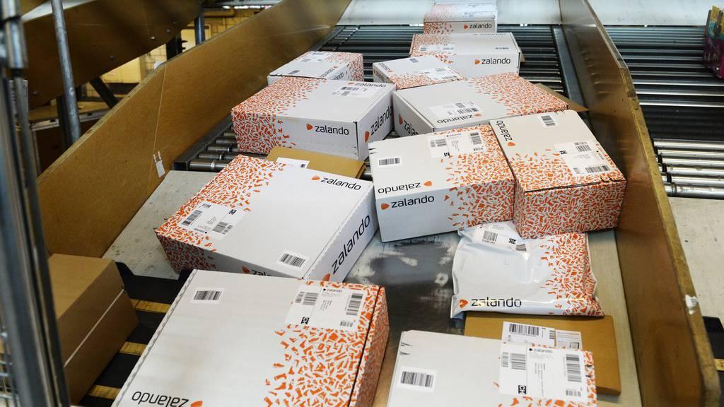 10 Millionen Zalando-Päckli werden jedes Jahr retourniert. (Archiv)
