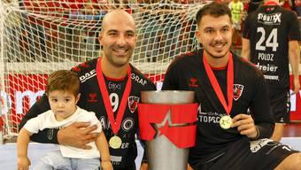 Verletzte Portugiesen beim HSC: João Ferraz (l.) fehlt seit dem Triumph beim Supercup, Diogo Oliveira kam zuletzt nur dosiert zum Einsatz.