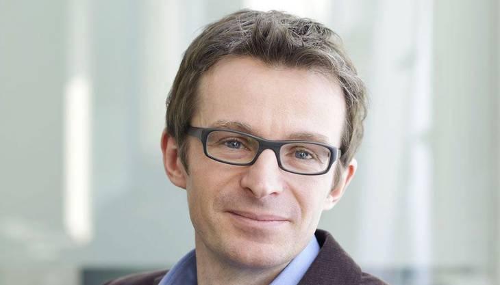 Kurt Schmidheiny (46) ist seit 2011 Professor für Angewandte Ökonometrie an der Wirtschaftswissenschaftlichen Fakultät der Universität Basel. Mit seinem Forschungsteam untersucht Kurt Schmidheiny Fragen der öffentlichen Finanzen, der Regional- und der Stadtökonomie mit besonderem Schwerpunkt auf der Standortwahl von mobilen Haushalten und Firmen. Er ist Co-Leiter eines Nationalfondsprojekts zum schweizerischen Fiskalföderalismus.