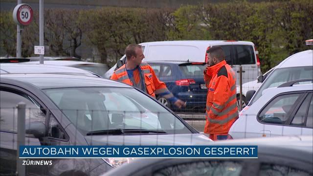 25 Autos bei Gasexplosion in Zürich beschädigt