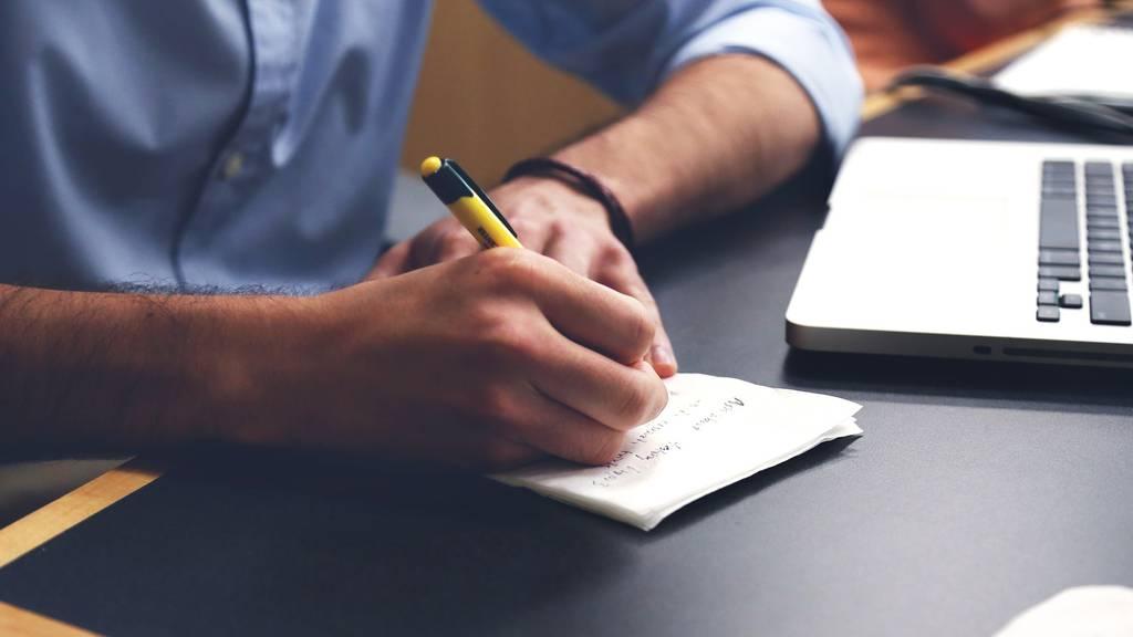 Zuger Verwaltung könnte Home Office teilweise zum Alltag machen