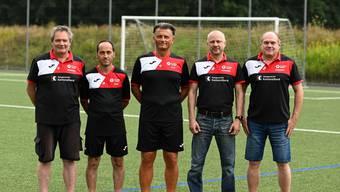 V.l.n.r.: Andreas Zürcher (Sportkoordinator), Vincenzo Azzarito (Assistenztrainer erste Mannschaft), Guerino Luongo (Cheftrainer erste Mannschaft), Michel Schauenberg (Präsident), Daniel Wydler (Administration/IT).