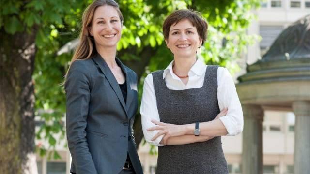 Regula Rytz und Adele Thorens, die Parteipräsidentinnen der Grünen Schweiz im Doppeninterview. Foto: Alex Spichale