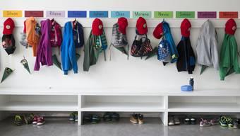 Rund 3'000 Kinde rmehr als im Vorjahr haben sich heute auf den Weg in die Schule oder zum Kindergarten gemacht. (Symbolbild)