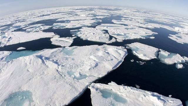 Eisschollen in der Baffin Bay zwischen Grönland und dem kanadisch-arktischen Archipel (Archiv)