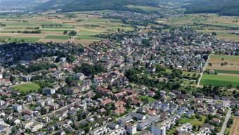 Den Blick von den grossen Gemeinden in die kleineren (hier von Möhlin Richtung Zeiningen) brauchen die Grossräte des Bezirks Rheinfelden. Acht von zehn stammen aus Rheinfelden oder Möhlin. Gerry Thönen