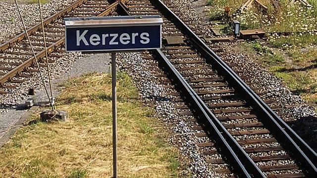 Kerzers oder Chiètres? Ortsbezeichnungen führen zu roten Köpfen (Archiv)