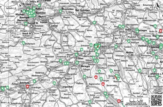 Im Kartenviewer lassen sich Ladestellen für Elektrofahrzeuge darstellen. In Rot die gerade besetzten Stationen.