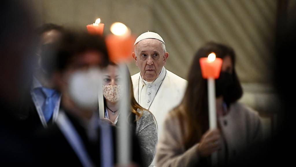 Papst Franziskus hat der Opfer der Massenpanik auf dem Meron-Berg in Israel gedacht. Foto: Riccardo Antimiani/Pool ANSA/AP/dpa/Archivbild