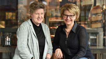 Regisseurin Theresa Lehmann (links) und Barbara Junker, Präsidentin der Musikgesellschaft Konkordia Egerkingen. Die Proben für das Musical «Kiss Me Kate», das Ende Mai an vier Abenden im Egerkinger Mühlemattsaal aufgeführt wird, haben vergangene Woche begonnen.