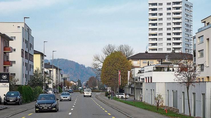 Die Zürcherstrasse in Neuenhof.