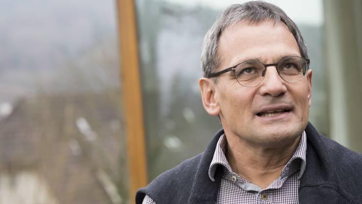 Sander Mallien, GLP, vor seinem Haus.