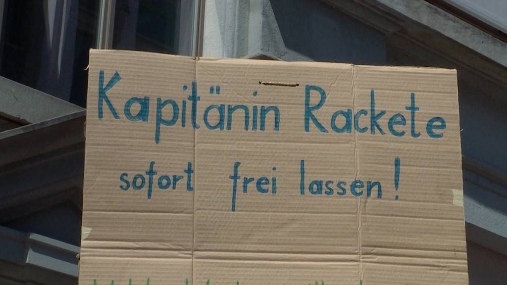 Sea-Watch-Kapitänin: Solidaritäts-Kundgebung in Zürich