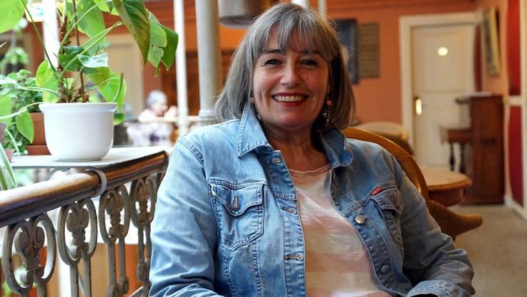 Heute kann sie lachen: Gabrielle Allmendinger veröffentlichte vor kurzem ihren ersten Kriminalroman.