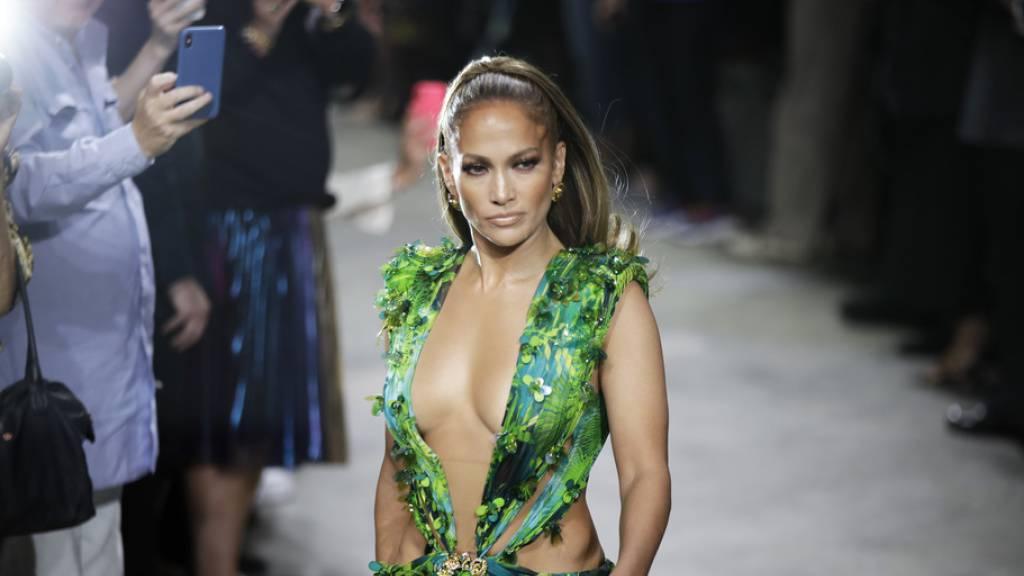 Jennifer Lopez spendet Grundschule Mahlzeiten für ein Jahr