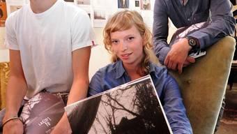 Damian Koch, Ariane Koch und Alain Gloor (von links) pärsentieren die erste «Lasso»-Ausgabe.