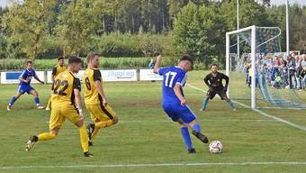 Fulenbachs Dzenis Poljak (Nr. 17) war in der Vorrunde mit seinen 15 Toren die prägende Figur der Solothurner 2. Liga.