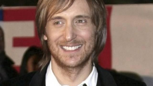 DJ David Guetta könnte sich mit den zwölf Millionen Singles, die er verkauft hat, definitiv als Star sehen (Archiv)