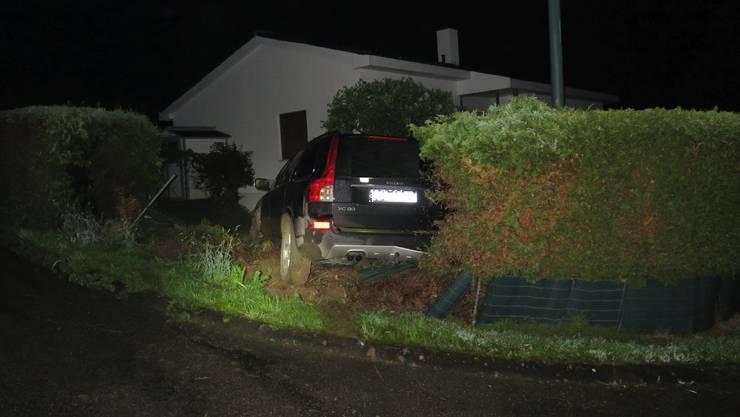 Der Lenker blieb beim Unfall unverletzt.