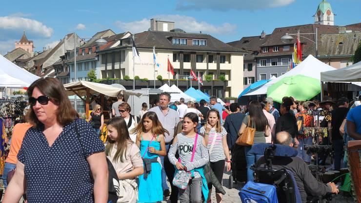"""Impressionen vom """"Multikulti - das Festival der Kulturen"""" in Rheinfelden."""