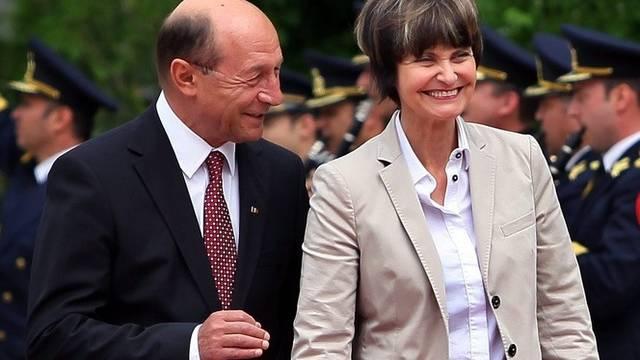 Calmy-Rey wurde gestern von Präsident Basescu empfangen