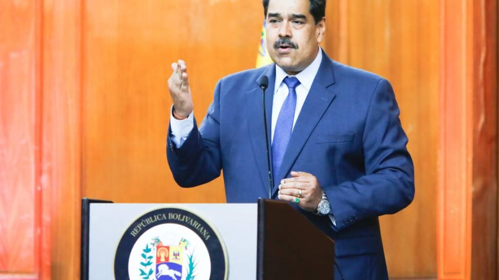 Der Machthaber Venezuelas Nicolás Maduro hat am Montag (Ortszeit) auf Sanktionen der EU reagiert und die EU-Botschafterin aus seinem Land gewiesen.