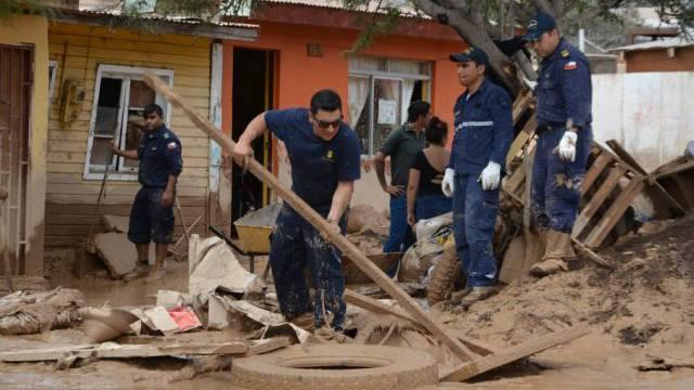 Aufräumarbeiten nach den Überschwemmungen in Chile