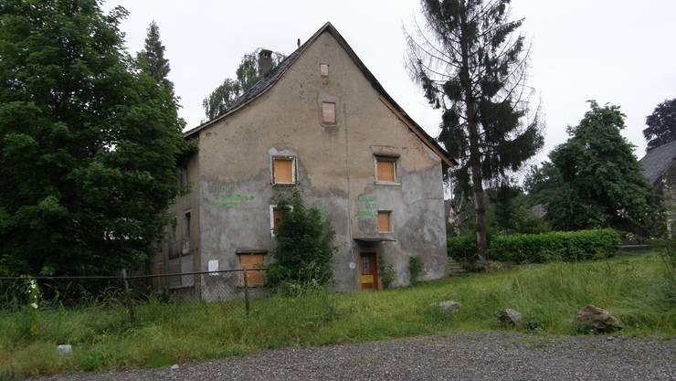 Es ist das älteste Steinhaus in Wohlen und wurde irgendwann zwischen dem 12. und dem 15. Jahrhundert erbaut.