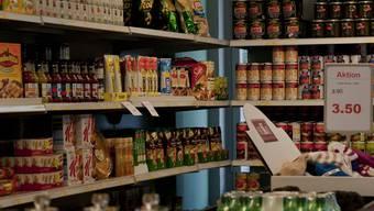 In den Skos-Richtlinien ist auch der «Grundbedarf», beispielsweise an Lebensmitteln, enthalten.