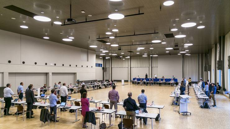 Im Bild: Juni-Sitzung im Tägi-Saal Wettingen