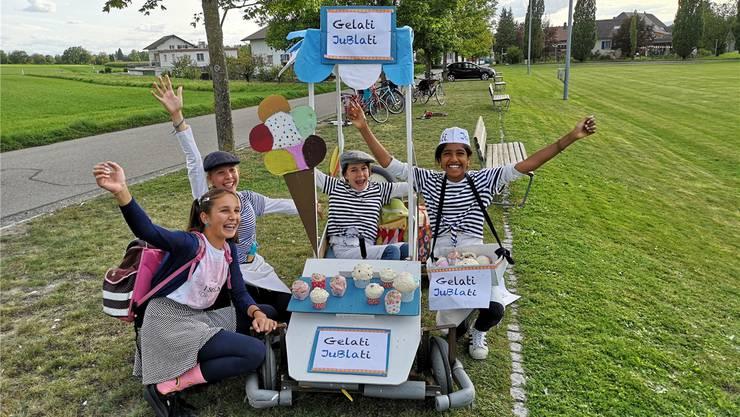 Gelati Jubilati: Unter diesem Motto startete eine Gruppe am Seifenkistenrennen der Jubla Deitingen.