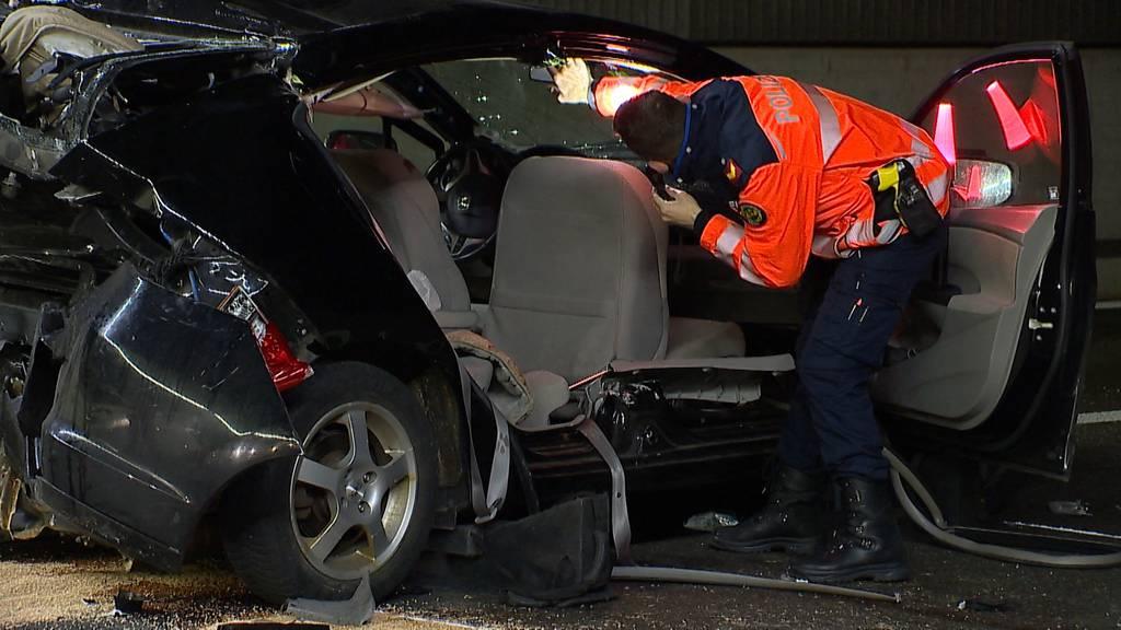 Sieben Verletzte bei heftiger Auffahrkollision auf der A1