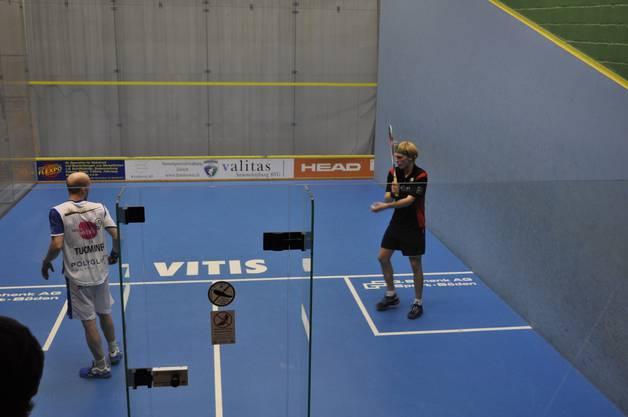 Henrik Mustonen (rechts) gegen Olli Tuominen
