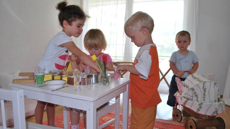 Im «Rollenspiel-Zimmer» können die Kinder ihre Sozialkompetenz schulen.